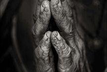 Hands and Feet / by Miss Mosley (Art Teacher)