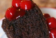Chocolate / Chocolate fixes everything! Here are some chocolate recipes / by Donna Hup