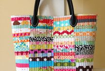 Sewing-Purses/Bags/Totes / by JoAnn Hyde