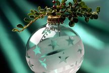 Christmas ornament ideas / by Arwen Sasa