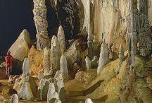 Caves & Caverns / by Jennifer Thompson
