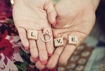 Engagement photo ideas <3 / by Jacqueline Cobos
