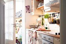 Gătește cu plăcere / Bucătăria nu este doar locul în care gătim. Este inima casei, acolo unde ne întâlnim cel mai des cu cei dragi și unde se sfârșesc cele mai frumoase petreceri. / by IKEA Romania