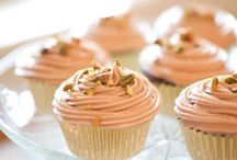 FOOD: Cupcakes & Muffins / Recipes for gourmet cupcakes and muffins of all kinds. / by Lilly Calandrello