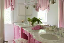 girls bath / by Missy Hardy