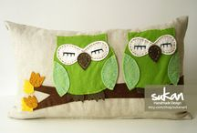Toss pillow ideas / Toss pillows I want to make.  / by Stephanie Ryals