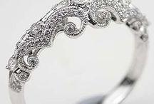 Jewellery / by Hafizah Alkaff