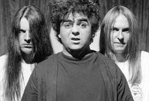 THE MELVINS (from Aberdeen, Washington, USA) / by Sigismond Nakeufer
