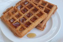 Low Carb Breakfast / by Paula Chappell