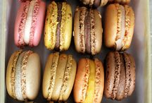 macaron / Beautiful little French cookies...  / by Ava Renelle
