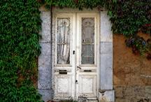 la maison / by Bentley McCraine