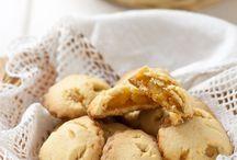 Biscotti e Muffin / by Margherita La Racca