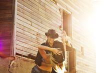 country singers <3 / by Jessica McClellan