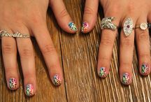 Neat Hair, Nails, and Make-up / by Emma Goch