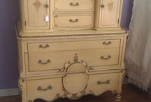 furniture shopping & DIY  / by Leah Lineback