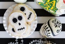 Celebrations ~Dia de los Muertos / by Anaisa Jauregui