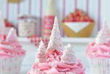 Cupcakes & Mini Cakes / by Rocio Iglesias