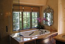 Home Decor: Bathroom / by Amanda Jones