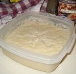 amish friendship bread starter uses / by Sonya Adams