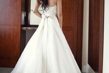 Dresses, Rings, & Garters / by Amanda Fairclough