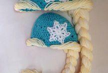 Knitting / by Erin S at Woof Tweet Waah