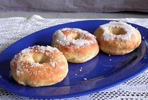 Doughnuts! Yes, doughnuts. / by Su-sieee! Mac