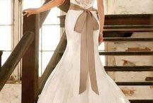 Wedding Dresses / by Ida Rahmawaty