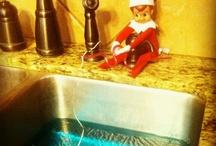 Elf on a shelf! I sooooooo want one / by Terra Bell