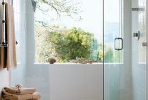 Bathroom / by Jules Lesperance