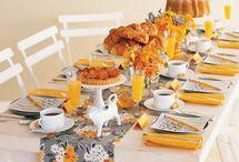Wedding Cakes/Dessert Ideas / by Zelma Gonzalez