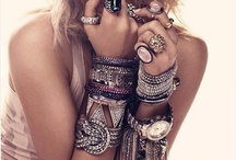Jewels & Bling / by Maria Bishop