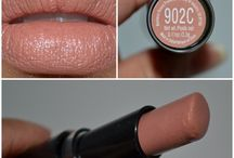 Makeup 30 somethings / by Linda Barta Clevenger