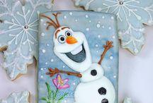 Painting Christmas Ornaments / Christmas crafts / by Kenda Horacek
