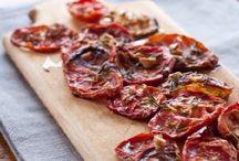preserve│sauces & chutneys / Recipes & how-tos for sauces, chutneys and other savoury preserves. / by Julie