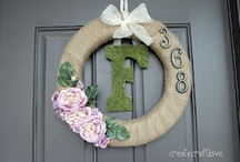 DIY: Wreaths, Topiaries, Garland / by Leigh Sidell