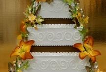 cakes / by Danielle Landholt