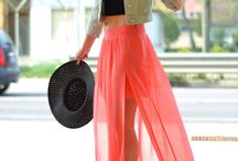 Outfits / by Vale Si