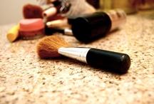DIY - Beauty Tips & Tricks / by < Hannah >