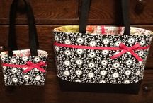 Pretty Purses / by Stacy Nutting