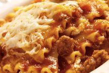 Italian Food / by Tyla Dean-Soto
