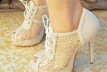 Shoes! / by Samantha Cabral