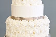 Wedding cakes / by Elizabeth Tolias
