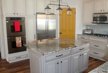 Six Sisters' Stuff Diamond Cabinets Kitchen Remodel / When blogger Elyse from Six Sisters' Stuff was ready to remodel her kitchen, we were happy to help! A clean, fresh look, complete with lots of useful Diamond Cabinets organizational features make this kitchen remodel a success. / by MasterBrand Cabinets
