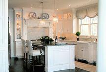 Kitchens / by Anita Robinson