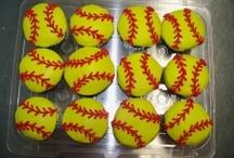 softball / Softball ideas / by Kelly Krawl Wilson