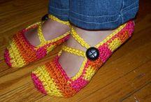 Knitting/ Crochet  / by Janis Tanouye