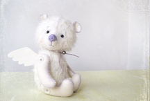 Teddy Bears, Dolls & Friends / Collectible Artist Teddy Bears, Dolls and Friends / by Telegraph Treasures