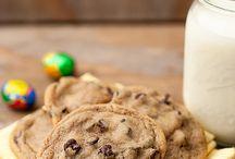 Cookies / by Six Sisters' Stuff