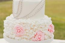 Wedding Cakes / by DesireeMMondesir.com