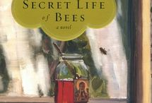 Books Worth Reading / by Janet Bilyeu